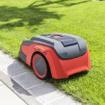 Cel mai bun robot de tuns iarba fara fir